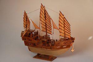 เรือใบจำลอง เรือสำเภาจีน หัวมังกร