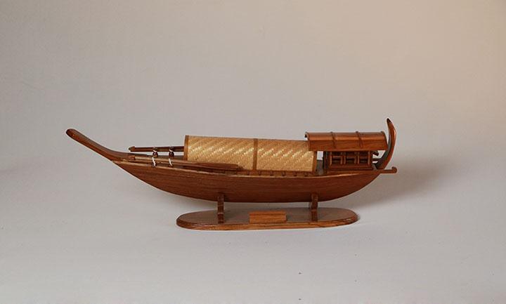 เรือจำลอง เรือหางแมงป่อง